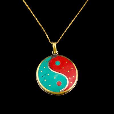 Mosadzný prívesok Yin&Yang červeno-tyrkysový | samostatný prívesok, s retiazkou - obvod 45 cm, s retiazkou - obvod 55 cm