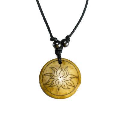 Kostený prívesok Lotosový kvet v kruhu - jednoduchý