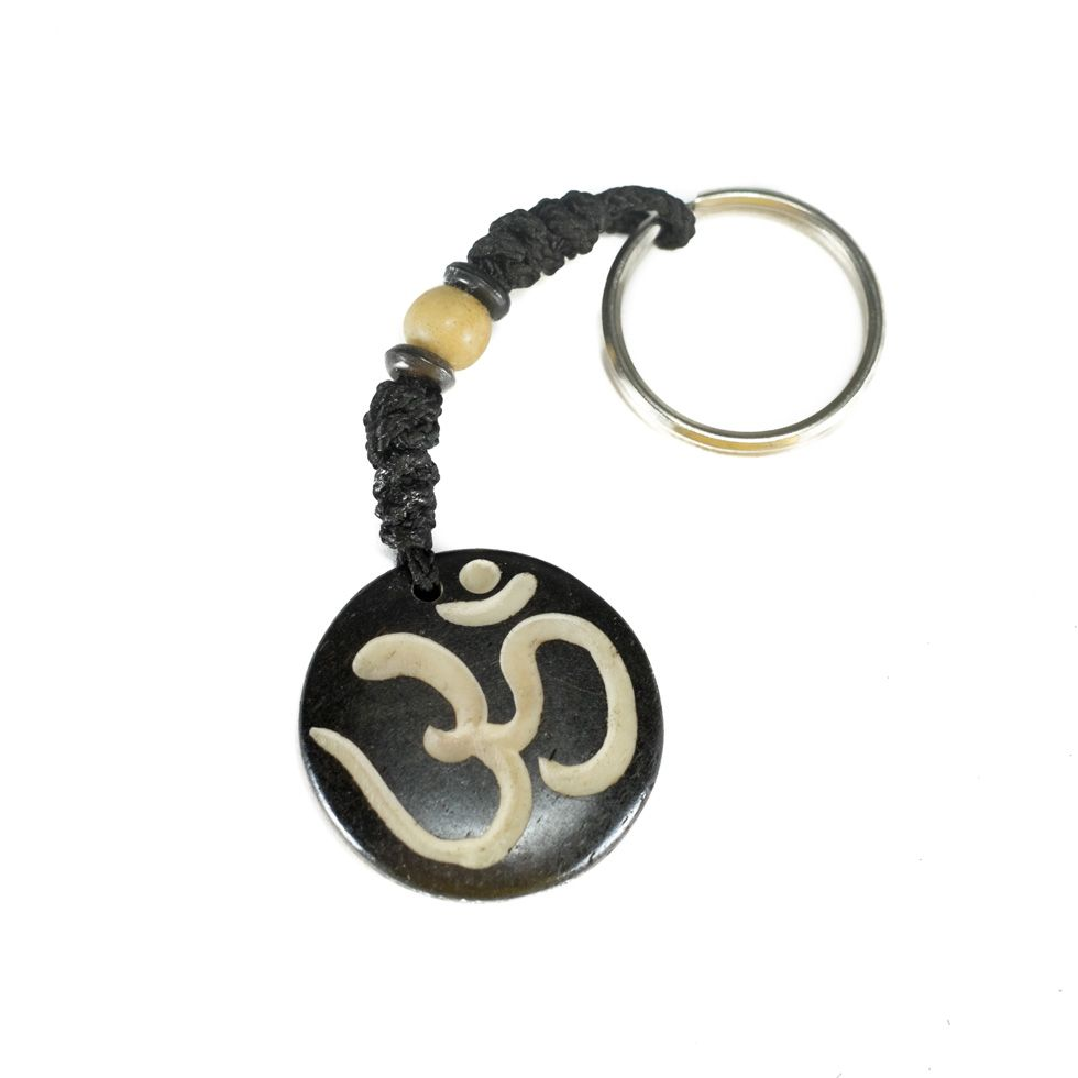 Kostený prívesok na kľúče Óm - čierny