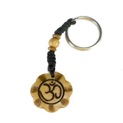 Kostený prívesok na kľúče Om di mekar