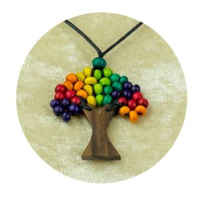 Drevený prívesok Stromček - pestrofarebný | veľký