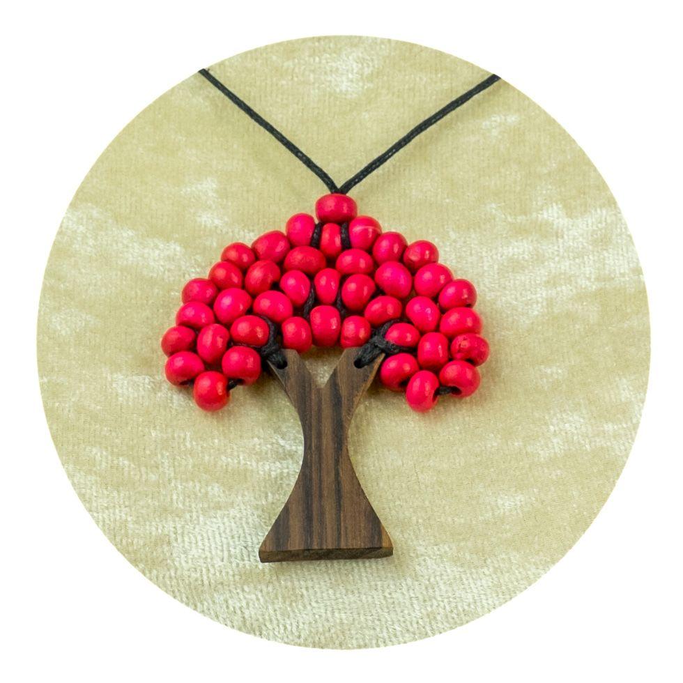 Drevený prívesok Stromček - ružový