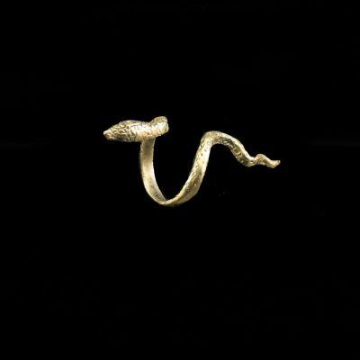 prsteň Cobra