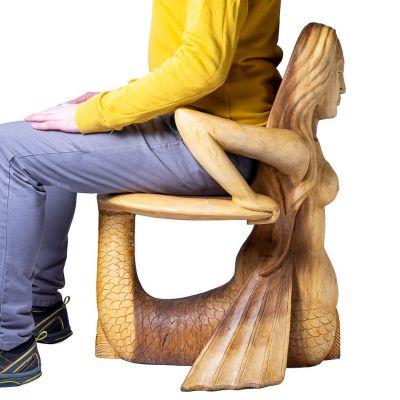 Ručne vyrezávaná drevená stolička Morská panna Indonesia