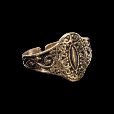 Mosadzný prsteň Omaira