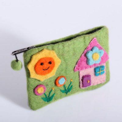 Plstená taštička s domčekom zelená