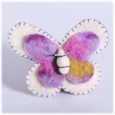 Plstená brošňa Motýľ Biely